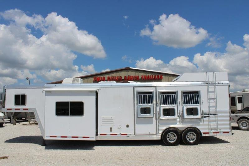 2018 Featherlite 3 Horse GN Trailer