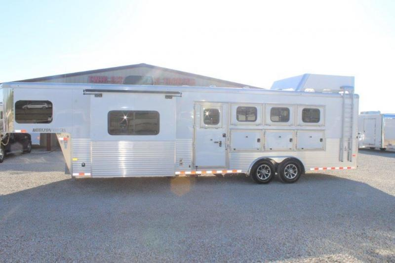2018 Sundowner 4 horse with 10