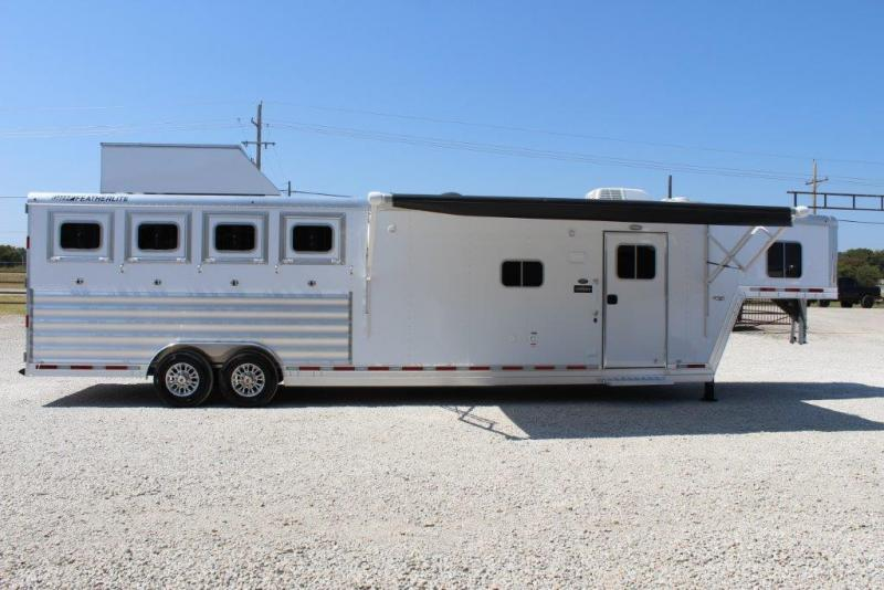 2018 Featherlite Liberty 4 Horse Trailer
