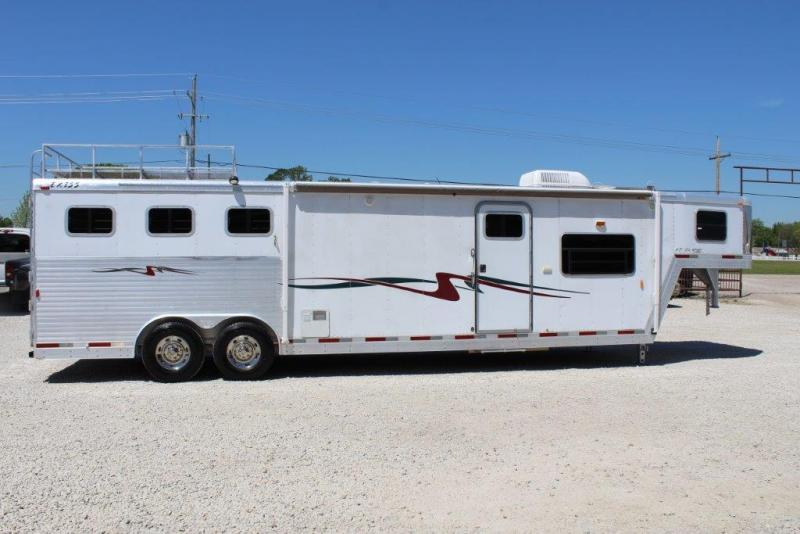 2003 Exiss 3 horse with 14' Living Quarter