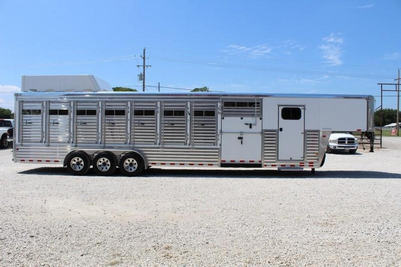 2014 Sundowner Trailers Rancher Special Horse Trailer