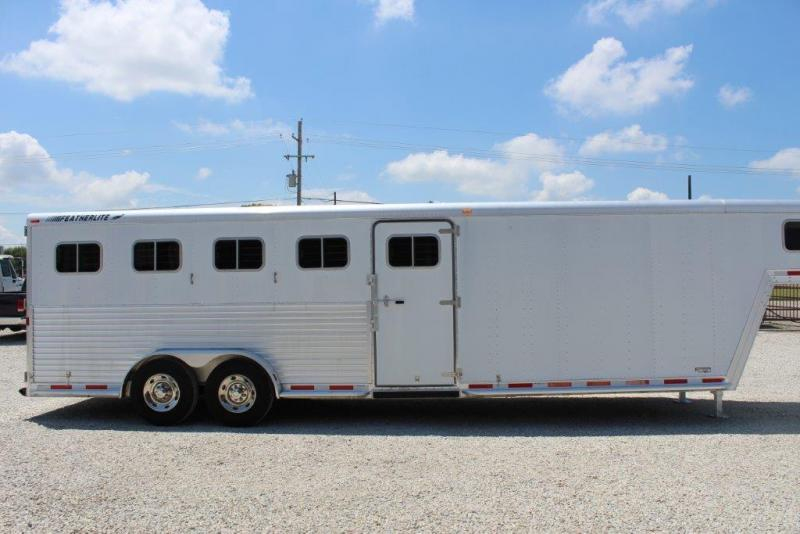 2000 Featherlite 5H GN Trailer