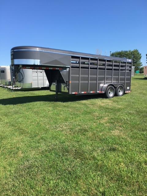 2019 Delta 6 x 16 500 Series Gooseneck Livestock Trailer