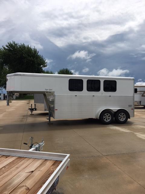"""2019 SunDowner 81"""" x 15' 3"""" Super Sport 3 Horse Slant Gooseneck Trailer"""