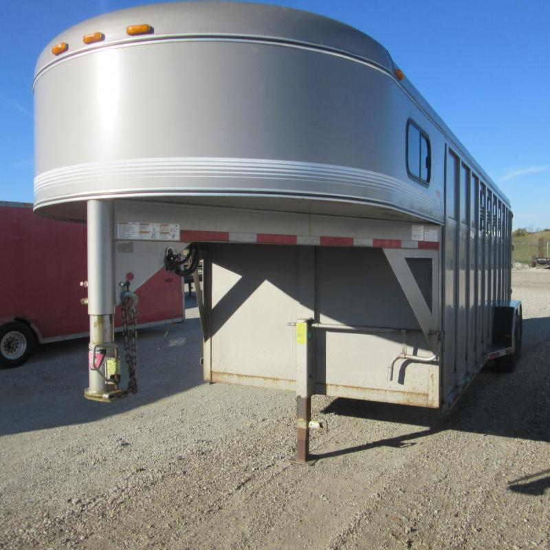 2003 Other 28 3 horse slant Horse Trailer