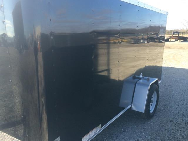 2016 United Trailers  6 x 12 SA Enclosed Trailer