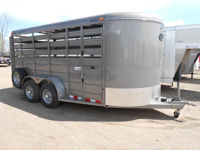 2020 CM 16FT STOCKER Livestock Trailer
