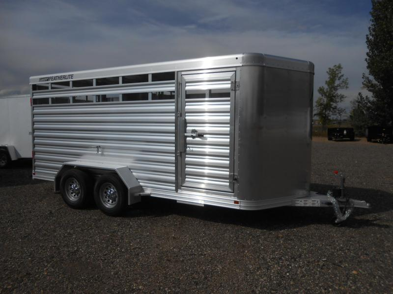 2019 Featherlite 8107-16 Livestock Trailer