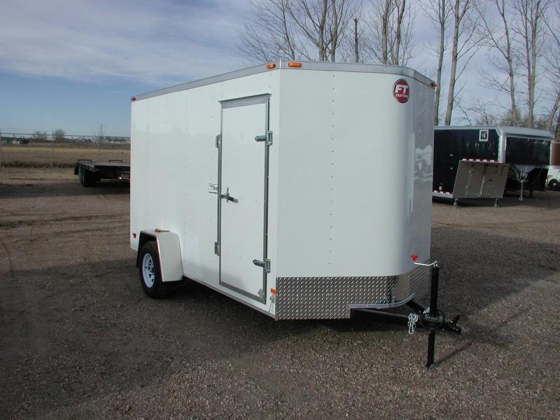 2015 Wells Cargo FT6121 Cargo/Enclosed trailer