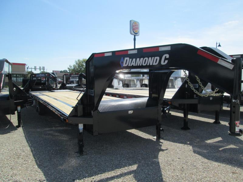 2019 25+5x102 15.5K Diamond C GN Equipment Trailer. 5368