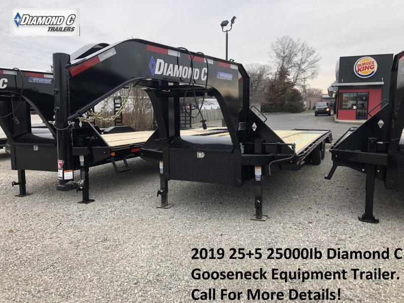 2019 25+5 25K Diamond C GN Equipment Trailer. 7167