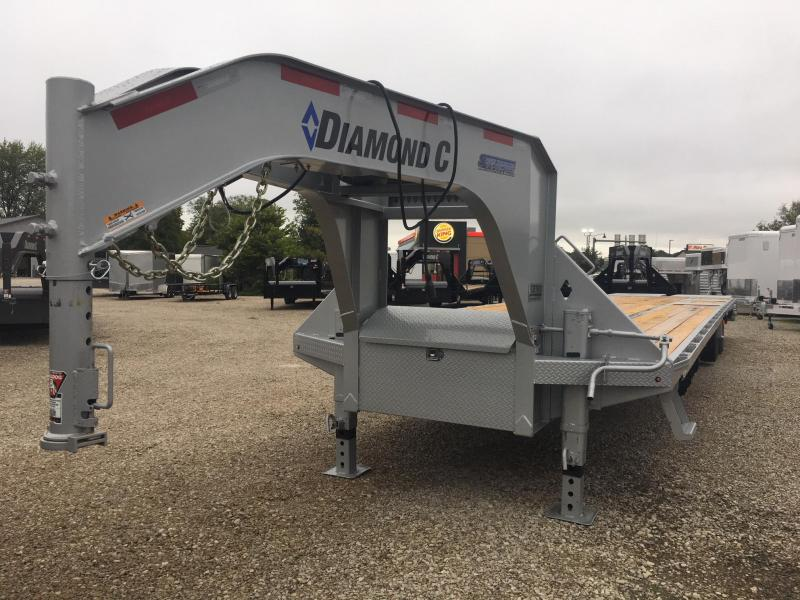 2019 35+5 25900lb. GVWR Diamond C Gooseneck Equipment with MAX ramps. 04746