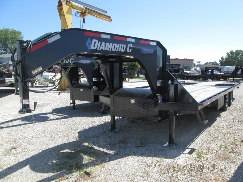 2019 30' Diamond C Engineered Beam FMAX210 Equipment Trailer