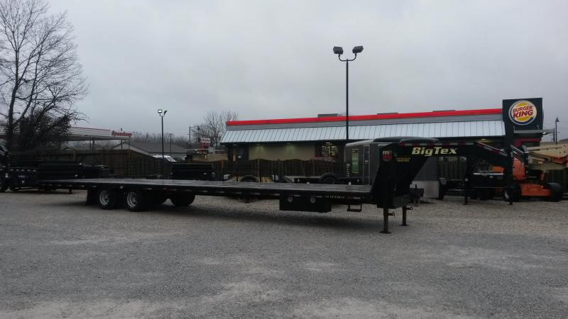 2017 Big Tex Trailers 22GN-40 Equipment Trailer