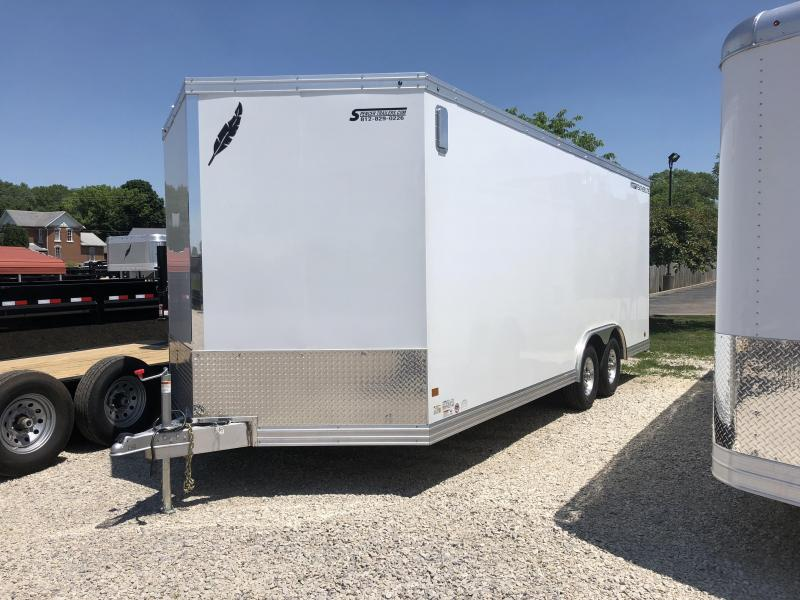 2018 20' 10.4k Featherlite Enclosed Car Trailer. 147712