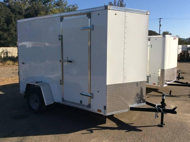 2018 Look STVLC Vnose 6' x 10' Enclosed Cargo Trailer