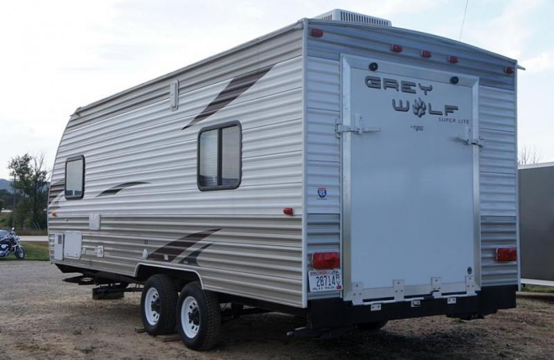 Excellent South 2011 Grey Wolf Cherokee 85 X 19 Camper Cargo  Enclosed Trailer