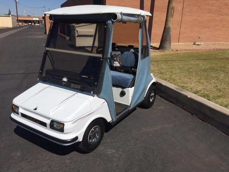 2000 Club Car DS Towncar Golf Cart