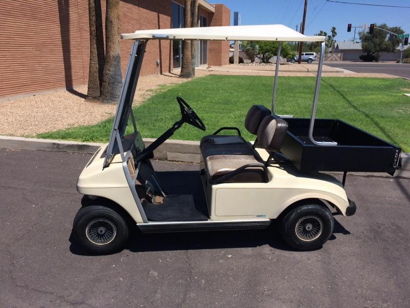 1985 Club Car DS Cargo Box Golf Cart