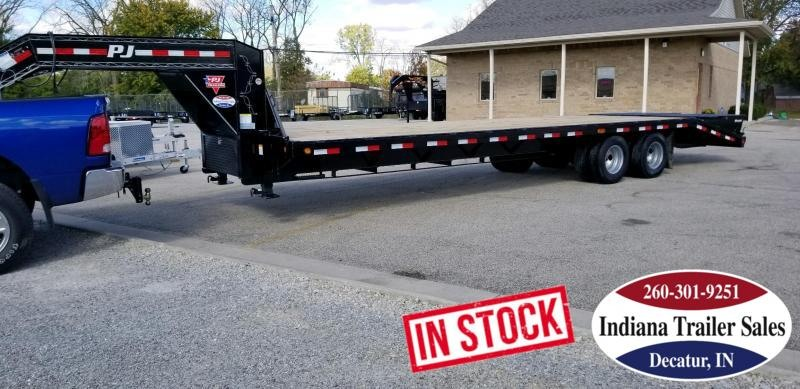 "2019 PJ Trailers FDR32 102""x32' Equipment Trailer"