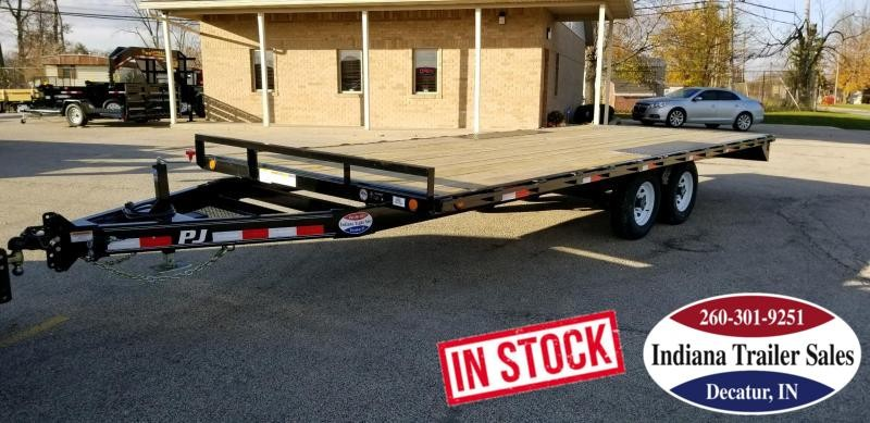 2019 PJ Trailers L6202 Equipment Trailer