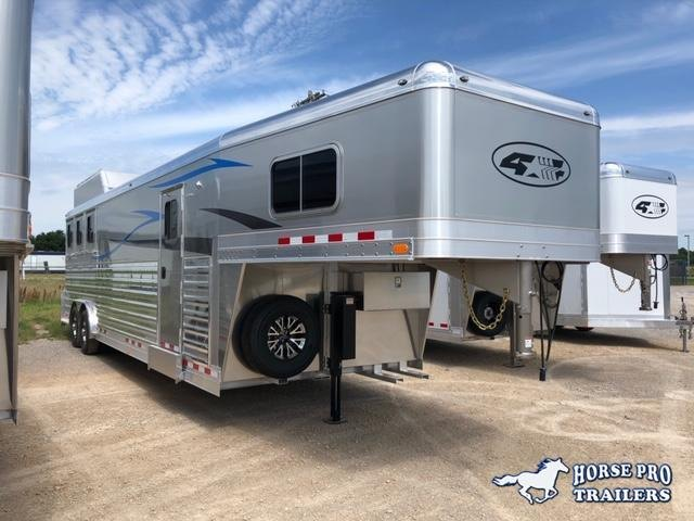 2020 4-Star Trailers Deluxe 3 Horse 13' Trail Boss Living Quarters Horse Trailer
