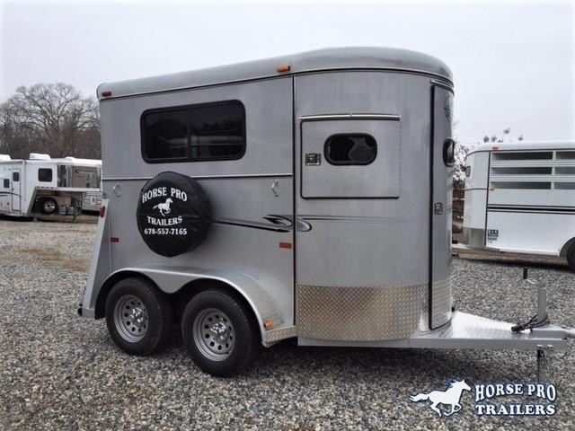 2018 Bee 2 Horse Straight Load Bumper Pull w/Walk-Thru Door
