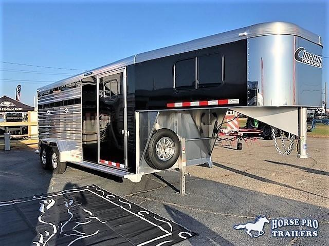 2019 Cimarron Lonestar 20' Stock Combo Gooseneck w/SWINGING CENTER GATE