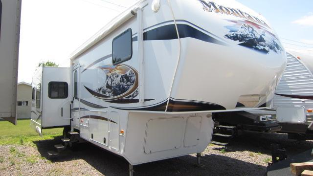 2011 Keystone RV Montana 3400 RL Fifth Wheel