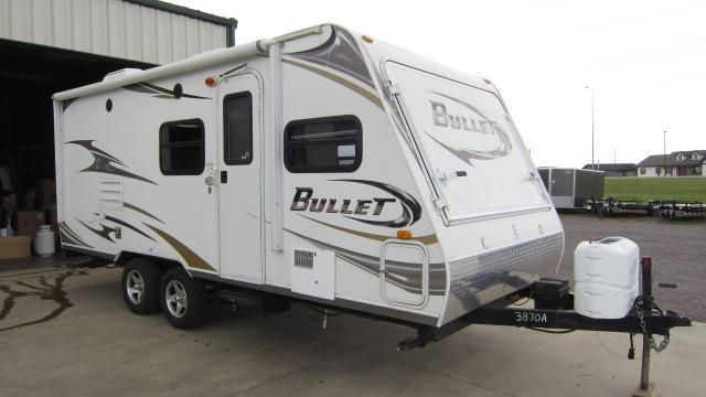 2010 Keystone Bullet 200 EXP Travel Trailer