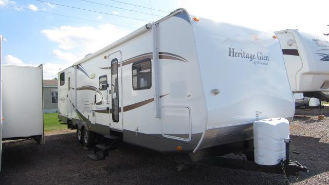 2010 Wildwood Heritage Glen 312QBUD Travel Trailer