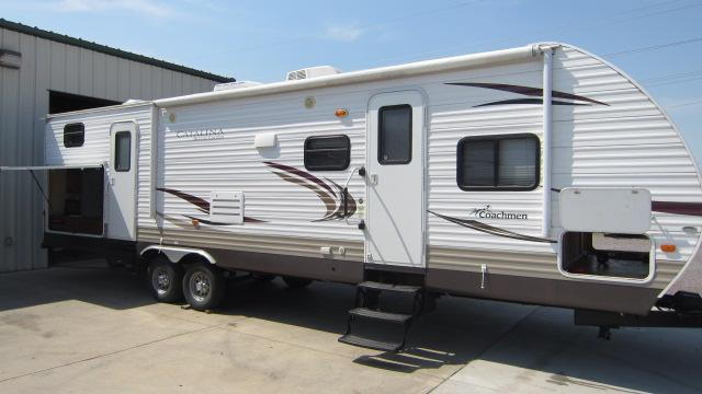 2012 Coachmen Catalina 32BHDS Travel Trailer