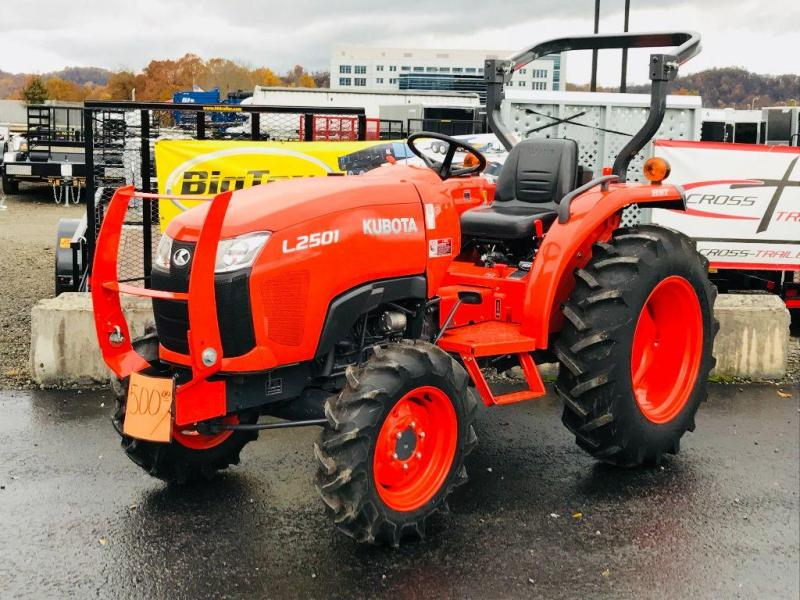 2016 Kubota L2501 Diesel Tractor Only 48 Hours