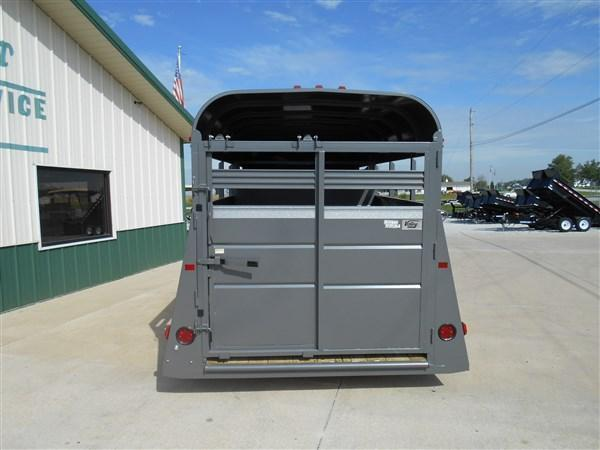 Valley 6X16 Livestock Trailer