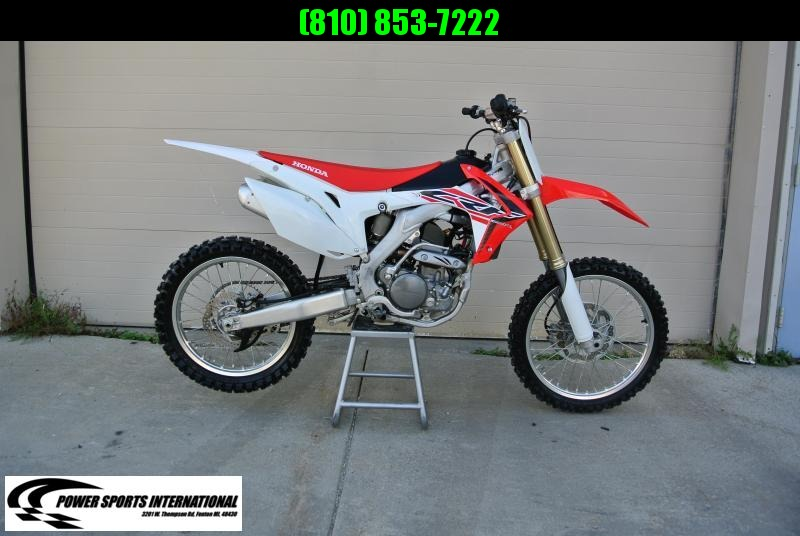 2016 Honda CRF 250 R 4 stroke Dirt-bike
