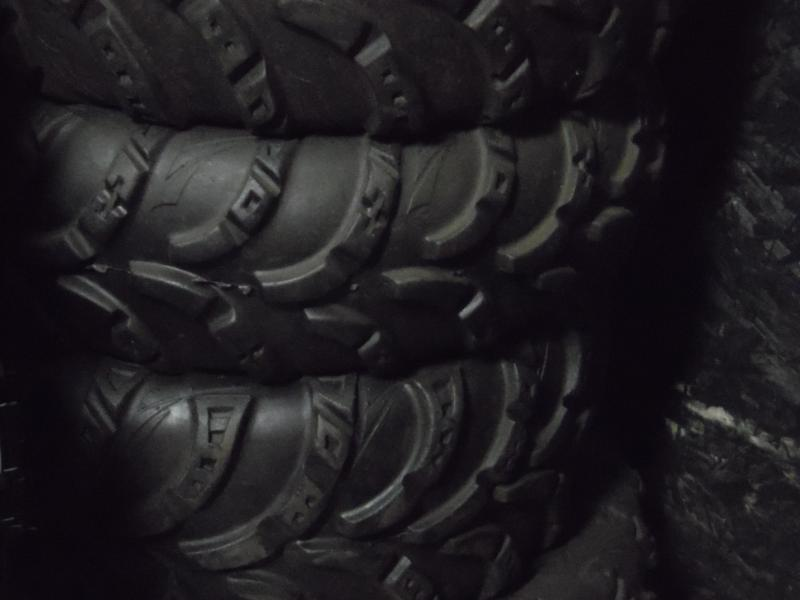 Carlisle AT489 Set of 4 used take off tires (T0005)