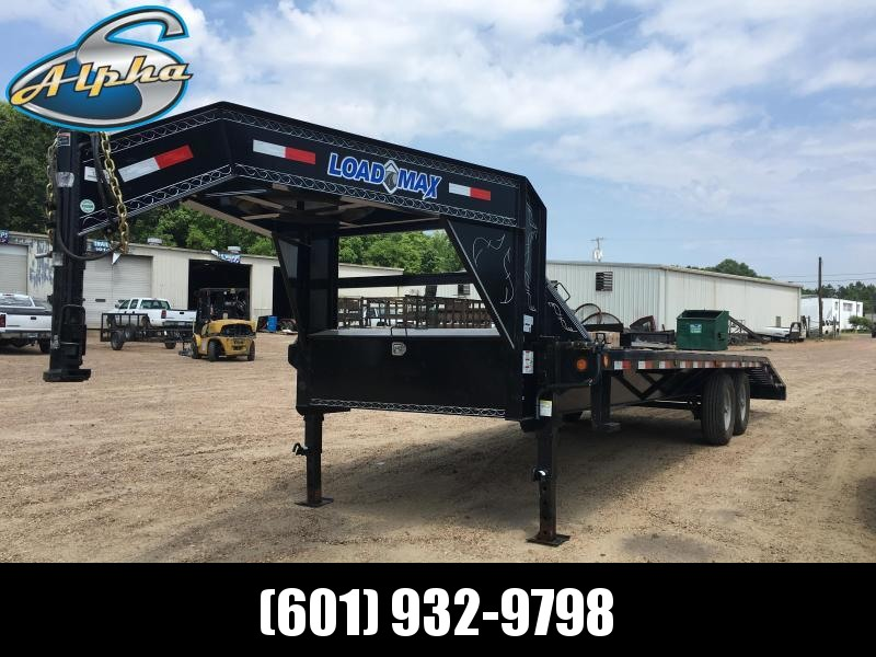"USED 2017 Load Trail 102""  x 25' Gooseneck STILL UNDER WARRANTY"