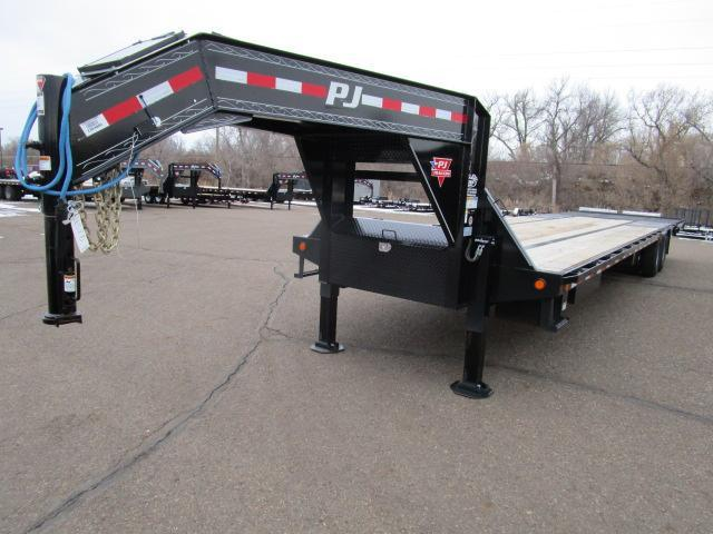 USED 2019 PJ Trailers 38