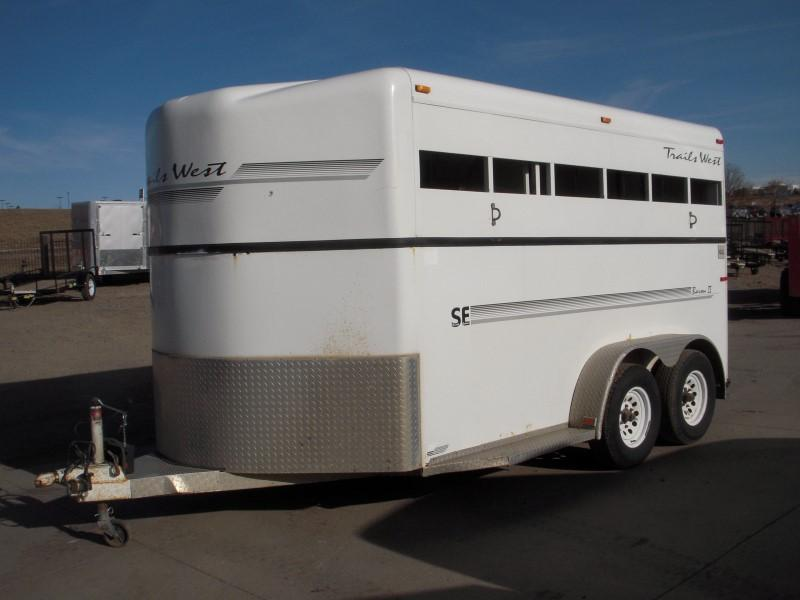 2002 Trails West Manufacturing BARON2HS Horse Trailer