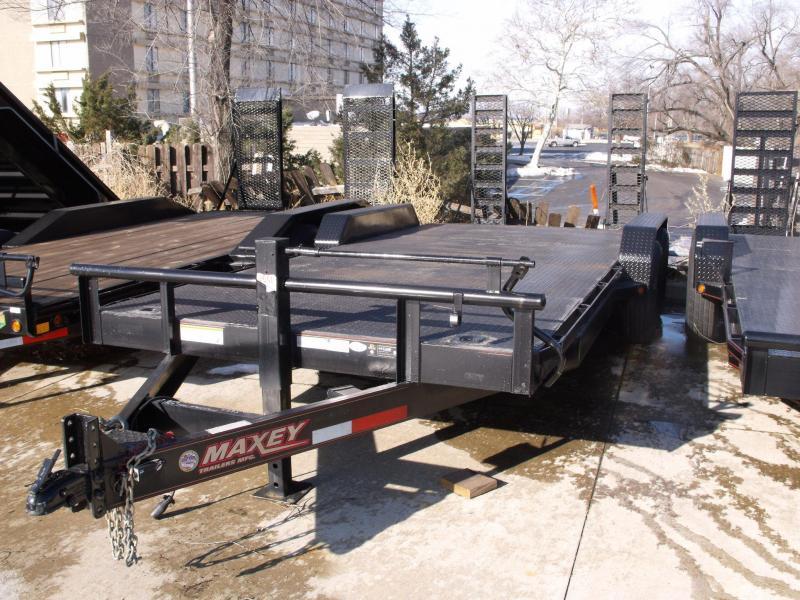 Used Trailer 83 X 20 Ramps 14000 GVWR STEEL DECK 2015 Maxxd
