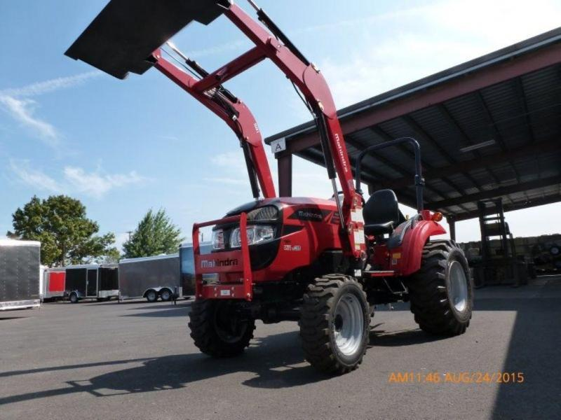 Mahindra 1533 HST 4x4 w/Loader - 3 AT THIS PRICE