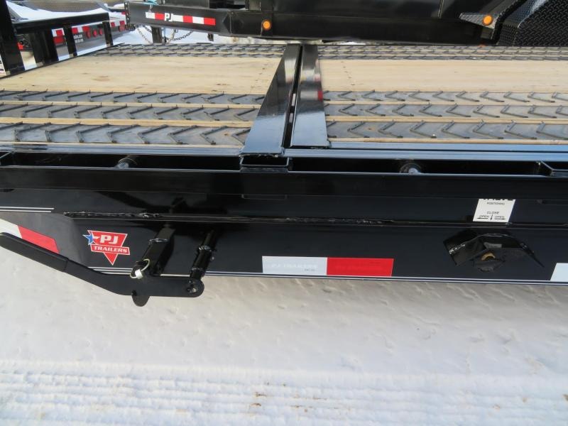 2020 PJ Trailers 20 Tiltbed Equipment Trailer
