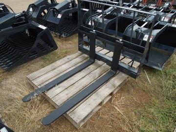 New Stout Economy Skid Steer Pallet Forks
