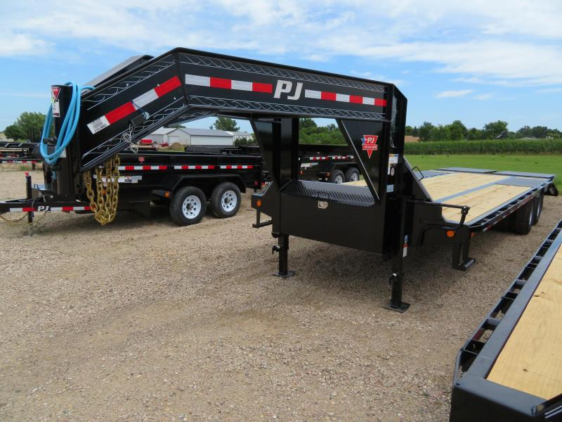 2020 PJ Trailers 26 Low Profile Tandem Dual GN Trailer