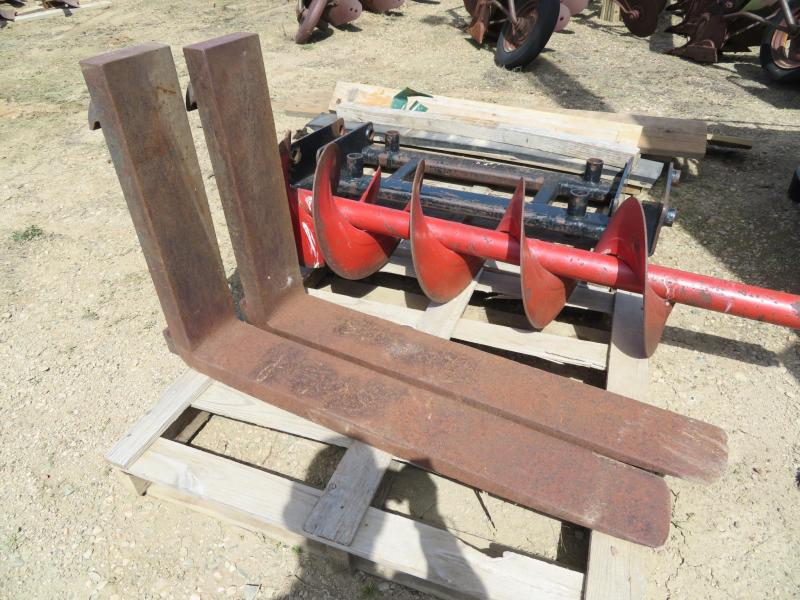 Used Rail-Type Wide Pallet Forks