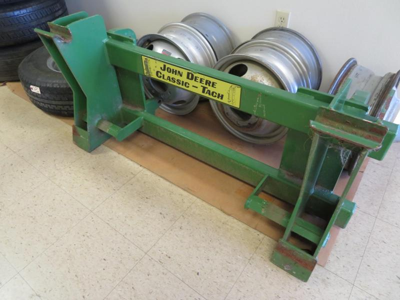 Used MDS Quick Tach Adapter Euro Loader to JD Classic