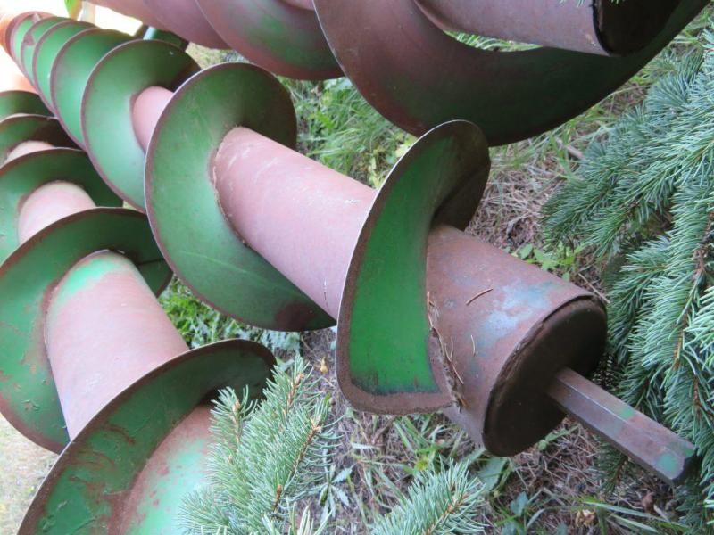 Used Auger for John Deere 843 Cornhead