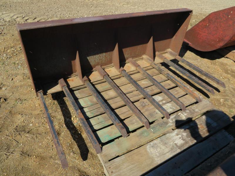 Used 60 Long Tooth Loader  Bucket