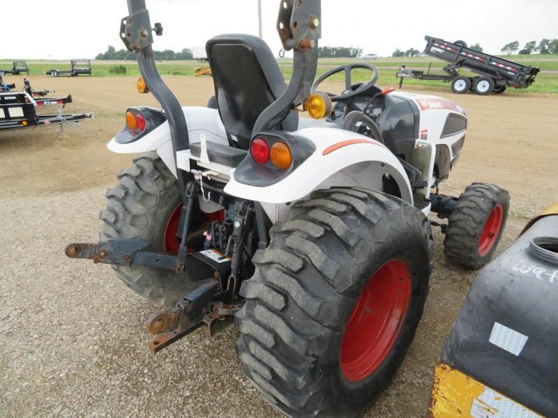 Bobcat CT230 Compact Utility Tractor