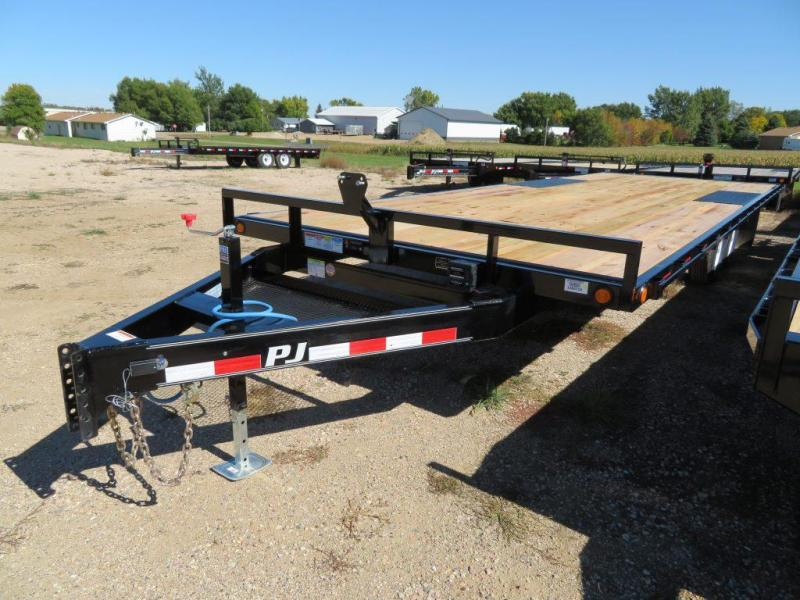 2020 PJ Trailers 24 Medium Duty ATV Deckover Trailer
